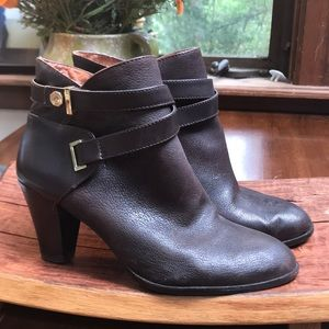 Louise et Cie Shoes - Louise et Cie dark chocolate leather brown booties